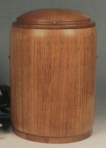 Model: 911 urnă din lemn